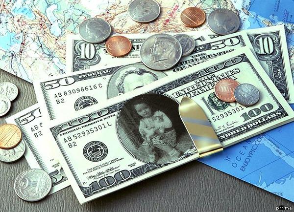 Fotomontaje en un billete de 100 dolares
