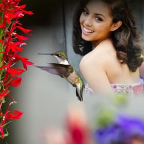 Fotomontaje con flor para decorar tu escritorio con estilo y belleza
