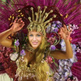 Fotomontaje de carnaval con una garotiña